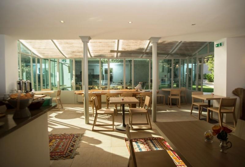 une maison hotel de charme pres des plages provence hotel 96 marseille. Black Bedroom Furniture Sets. Home Design Ideas